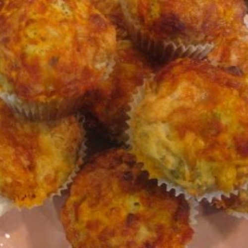 Guest Blogger: Lisa, Brittany and Riley Make Pizza Muffins