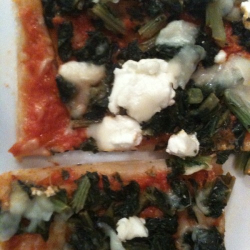 Goat Cheese and Kale Pizza