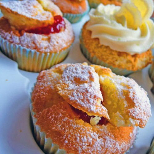 Lisa's Letters Home: Jubilant Cupcakes