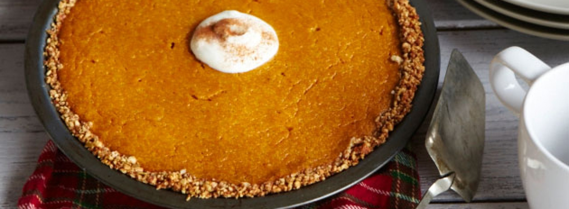 Sponsored Post: Pumpkin Pie with Nut Crust, plus a Cuisinart Giveaway!