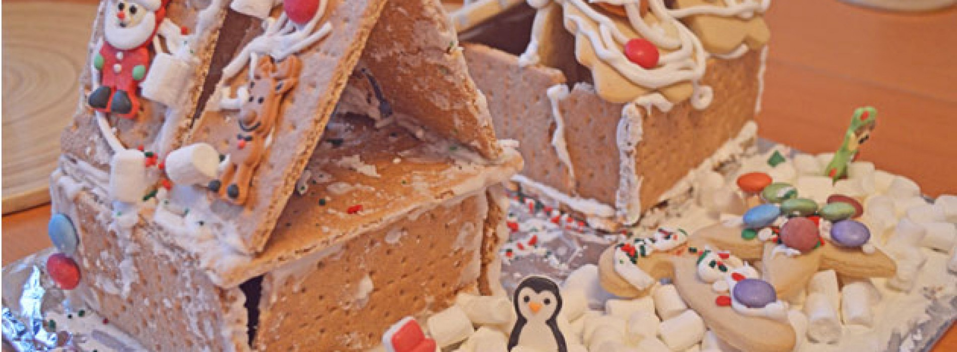 Lisa's Letters Home: Gingerbread House