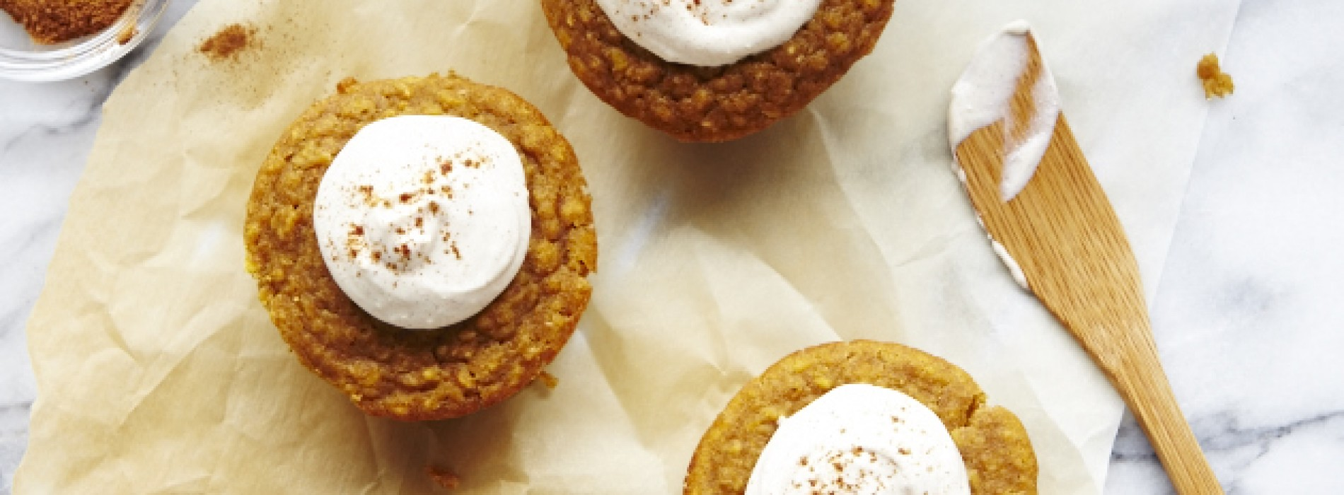 Pumpkin Oat Muffins with Spiced Cream Cheese Spread
