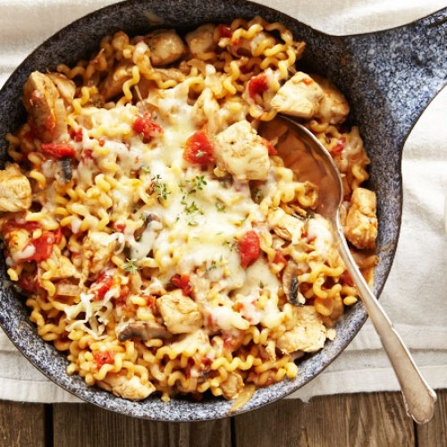 One-Pot Tomato Chicken Pasta
