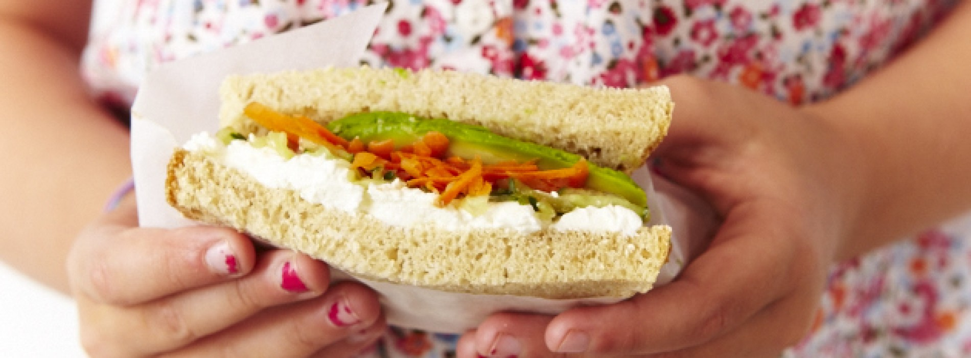 Netflix & SPC: Cream Cheese and Veggie Sandwich