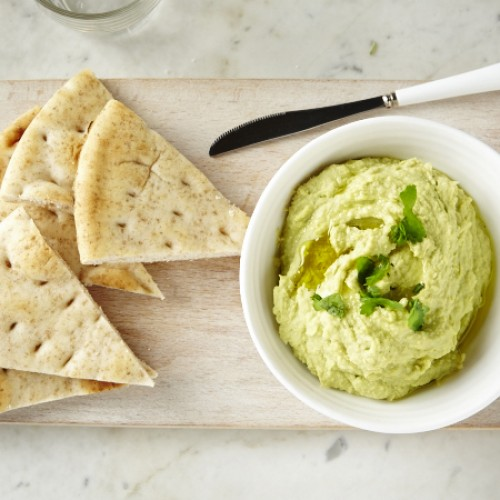 Sponsored Post: Avocado Hummus and How to Keep it Fresh with Glad!
