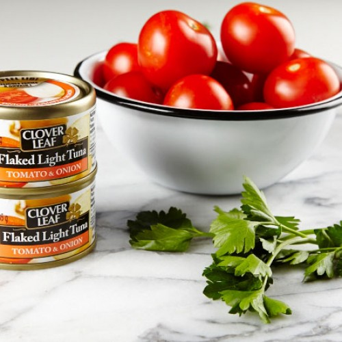 Sponsored: Cloverleaf Tomato Appetizers & Giveaway