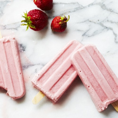Strawberry and watermelon creamy yogurt pops