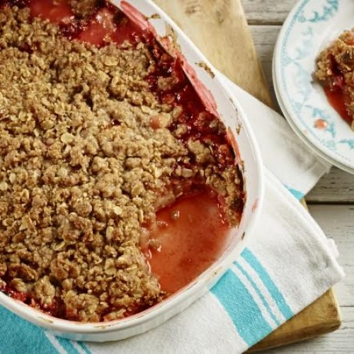 Strawberry, Rhubarb, and Apple Crumble