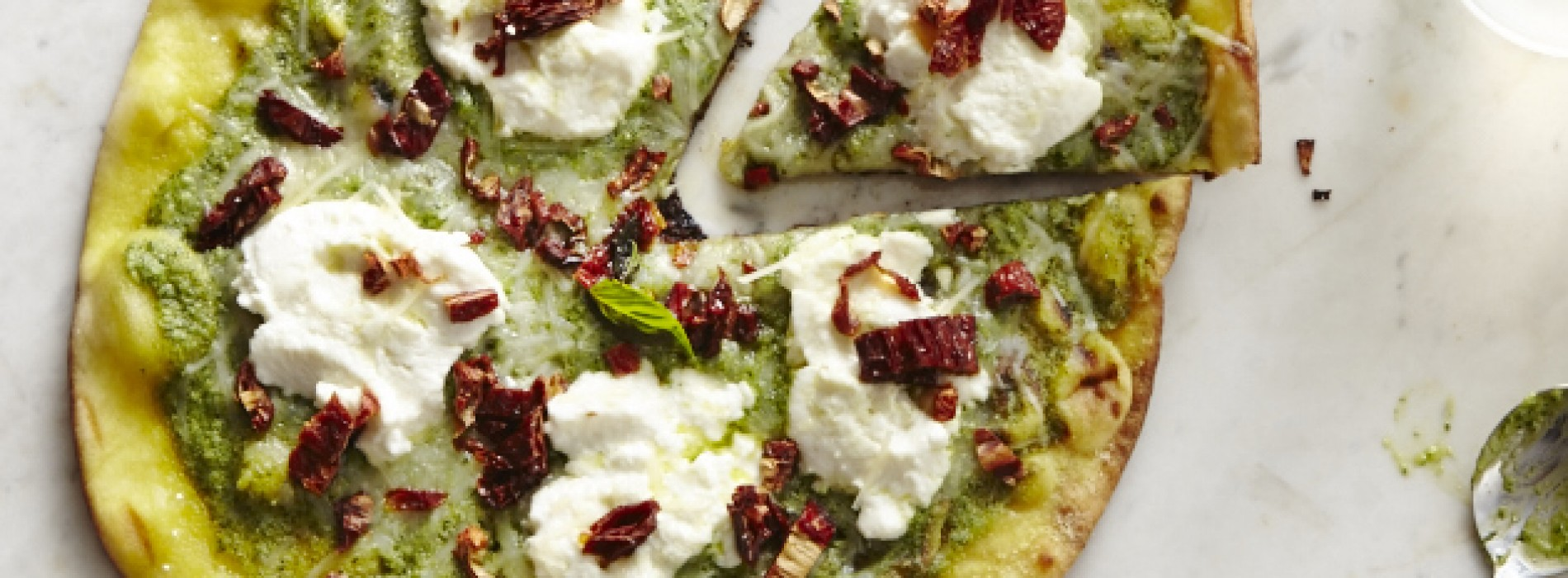 Spinach Pesto Pizza with Ricotta and Sun-Dried Tomatoes