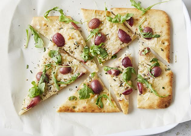 parmesan-and-grape-flatbread